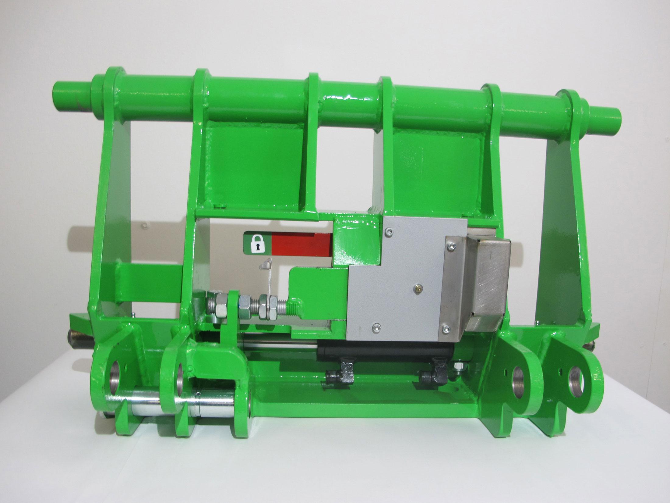Hydraulische Werkzeugaufnahme Avant Hoflader 400 - 700